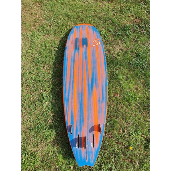 Simmer Quantum V4 2019 (DEMO) -Windsurfboards - Quantum V4 2019 (DEMO) - Simmer Style